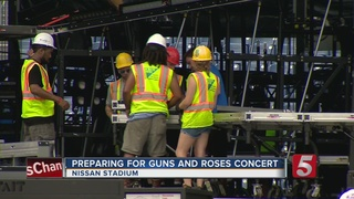 guns and roses fans