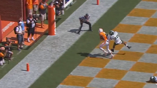 Tennessee Holds Off 4-TD Underdogs Ohio 28-19
