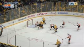 Flyers Beat Predators 4-2 For 5th Straight