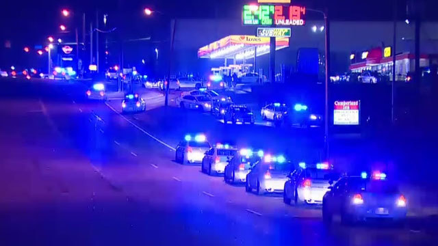 Officer shot in Tennessee while trying to serve warrant