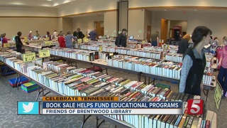 Book Sale Held To Benefit Brentwood Library