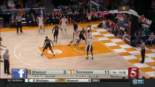 Tennessee Wins 90-70 Over Missouri