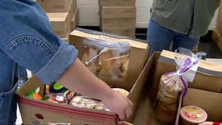 Fresh Food Giveaway Helps Those In Need