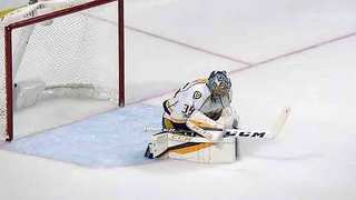 Rinne Silences Blackhawks