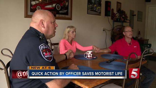Police Officer Saves Man-s Life After Crash