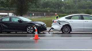 Fatal Crash Shuts Down Part Of Charlotte Pike