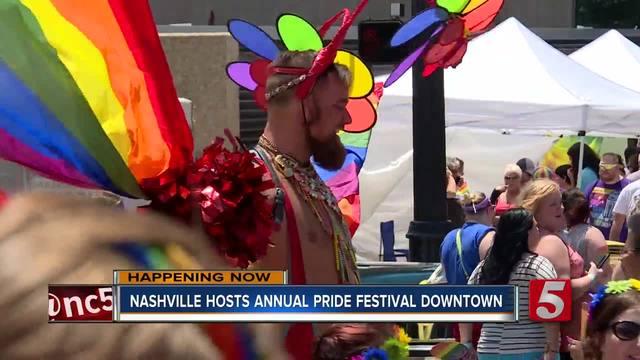 thousands attend nashville pride festival