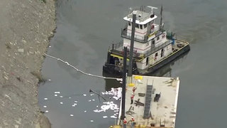 Crews Work To Clean Spill On Cumberland River