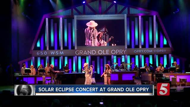 Grand Ole Opry Holds Special Concert For Eclipse