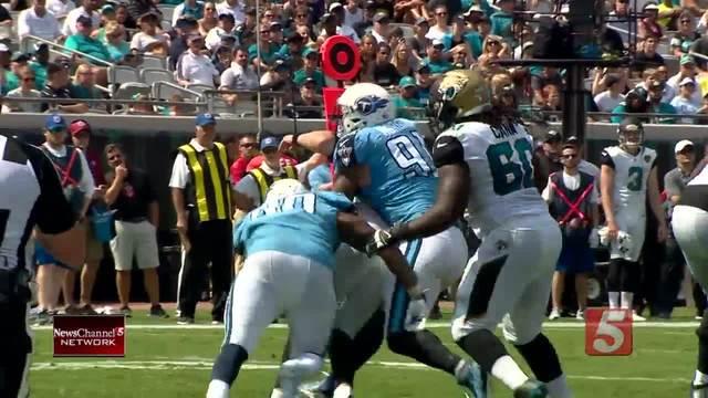 Titans Dominate 2nd Half, Humble Jaguars 37-16