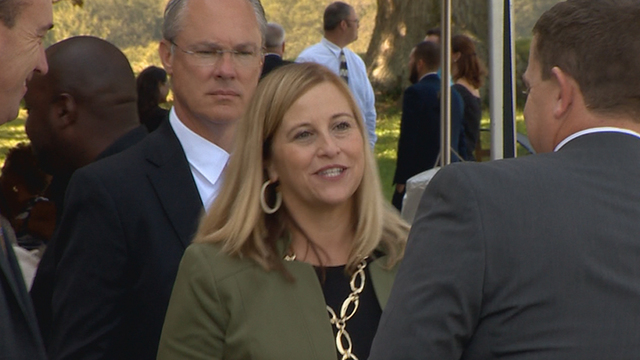 Nashville mayor pleads guilty to property theft after affair