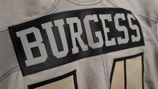 Vanderbilt Football Players Honor Veterans