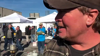 Tracy Lawrence Hosts Annual Turkey Fry