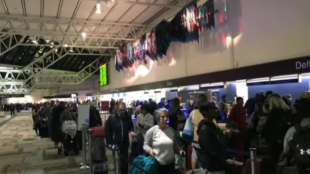Nashville Travelers Urged To Allow Plenty Of Time At Airport