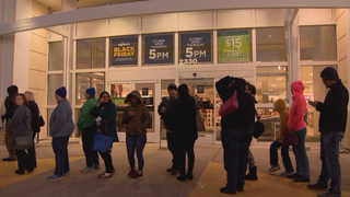 Thousands Of Shoppers Search For Deals