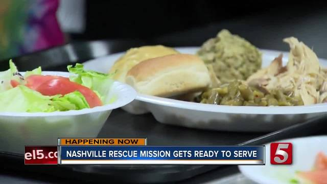 Hot Thanksgiving Meals Served At Nashville Rescue Mission
