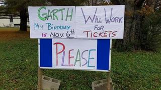 Garth Brooks Surprises Man With Concert Tickets