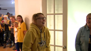 Preds Give Teen Battling Cancer Bedroom Makeover