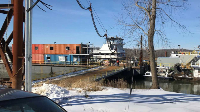 Three dead in Kentucky towboat explosion