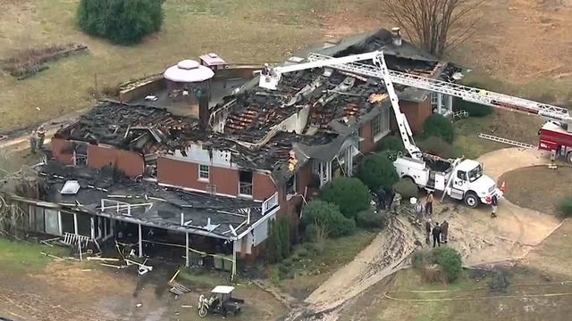 Tennessee Firefighter Killed, Others Injured in House Fire