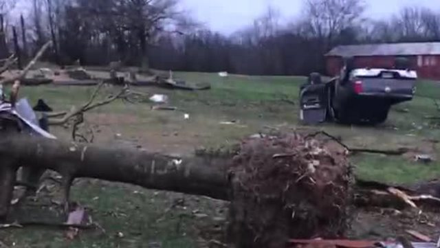 3 killed in Kentucky as storms roll through