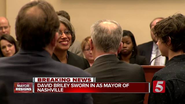 Nashville mayor quits over bodyguard sex scandal