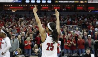 Top-seeded Louisville Women Run Past Marquette