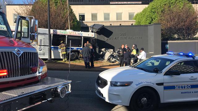 9 Hurt In Crash Involving Nashville MTA Bus, Car