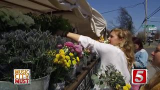 Make Your Own Bouquet at Mobile Flower Truck