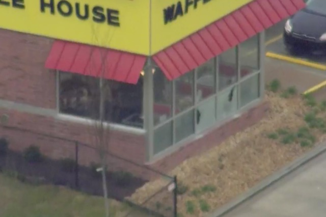 Photos: 4 Killed In Waffle House Mass Shooting