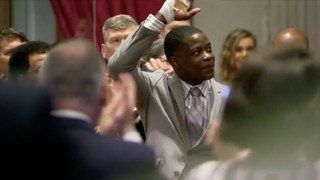 Tenn. Lawmakers Honor Waffle House Shooting Hero