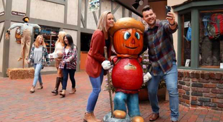Gatlinburg Fall Getaway Giveaway Sweepstakes