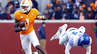 Vols continue home mastery of No. 12 Kentucky