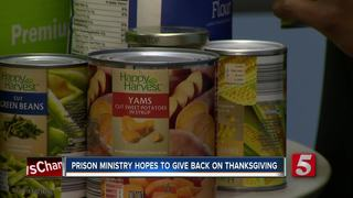 Prisoners reach out to fill Thanksgiving baskets